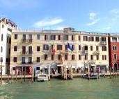 Hotel Carlton Capri Holiday Honeymoon Package