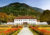 The Lalit Grand Palace Srinagar Holiday Honeymoon Package