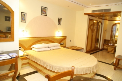 Gujarat Hotels